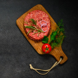 raw-ground-beef-burger-meat-with-copy-space-P64C9BQ.jpg