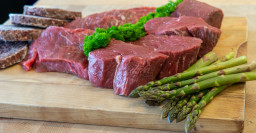Steak Box-2.jpg