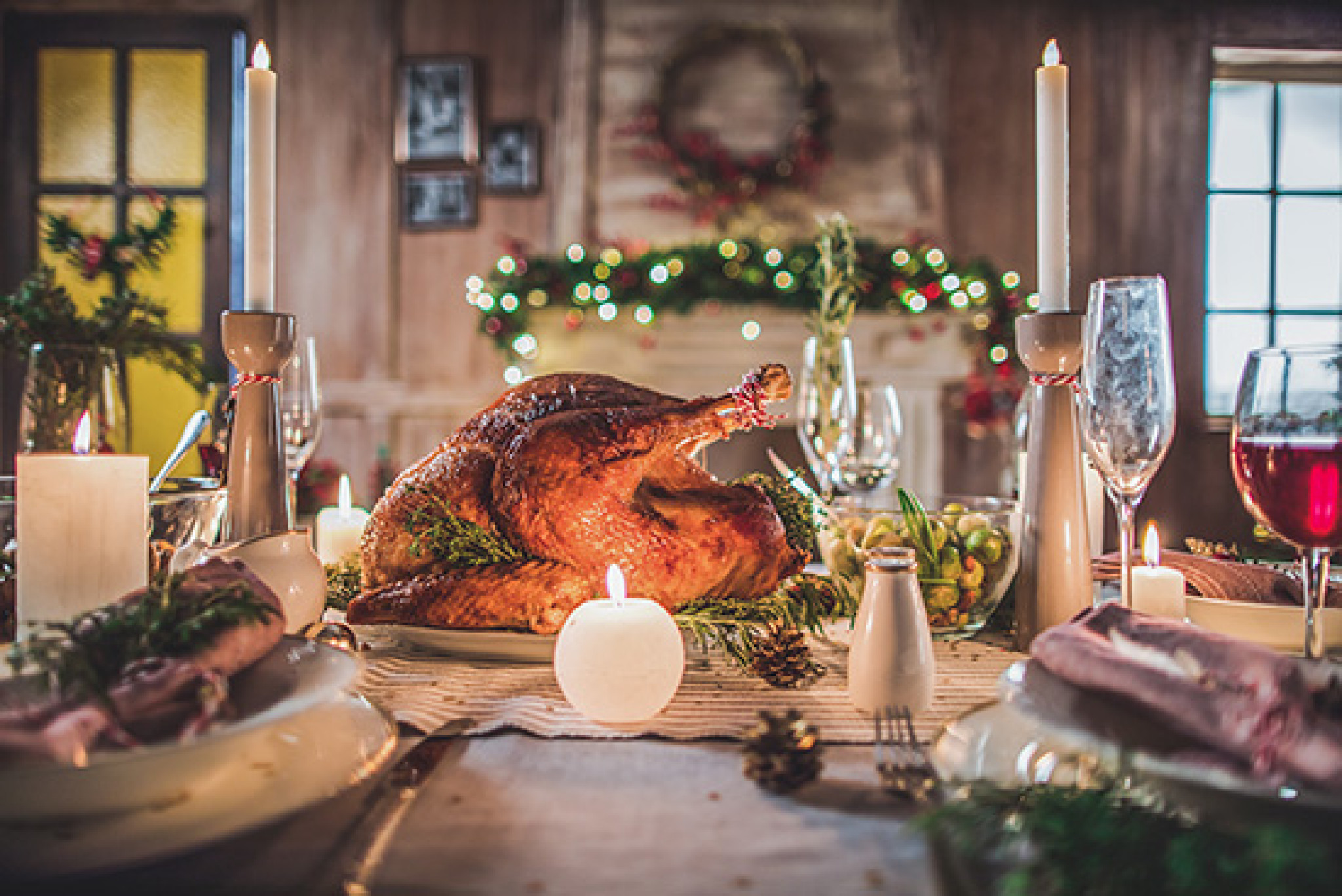 delicious-roasted-turkey-on-served-for-christmas-candle.jpg